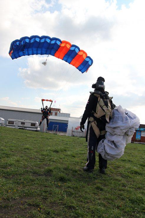 Skydiving Prage Tandem